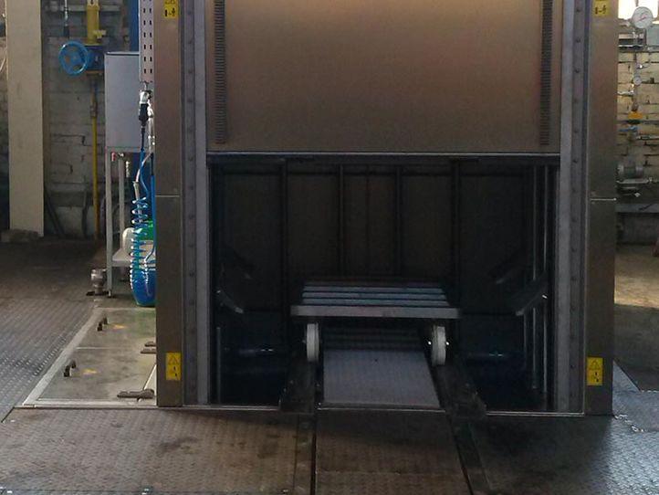 Effiziente 360 Grad Reinigung vor der Wärmebehandlung