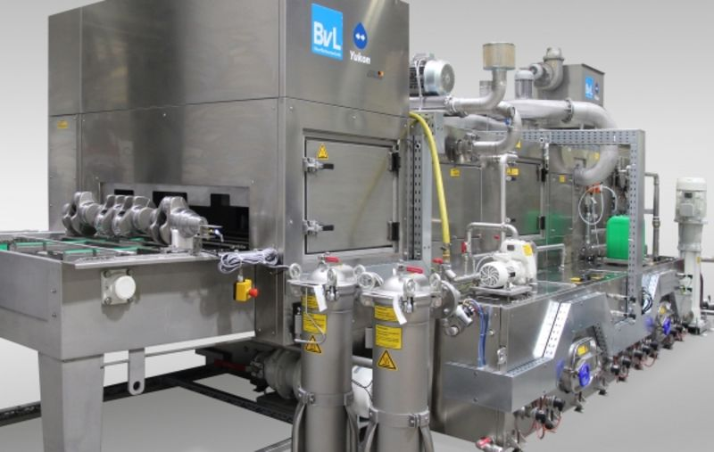 Cleaning processes combined in one chamber