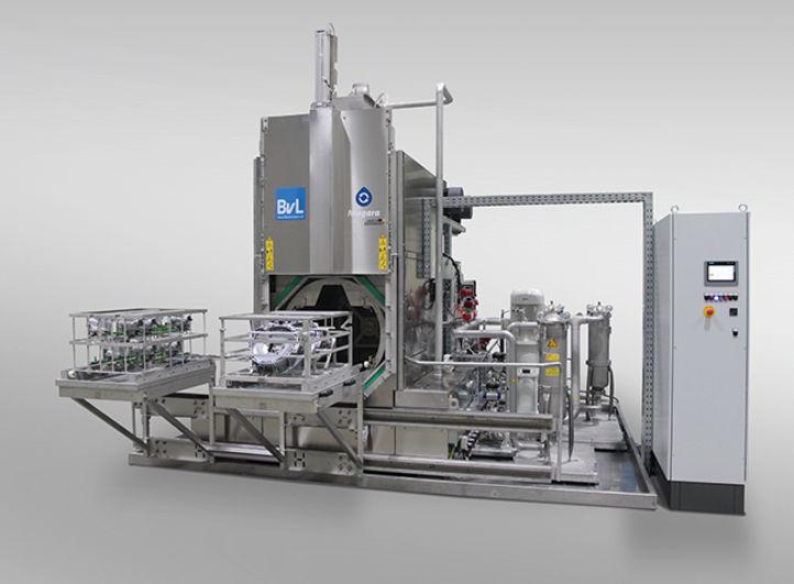 BvL-Reinigungsanlage Niagara mit Hybridgehäusen auf Vorbautisch