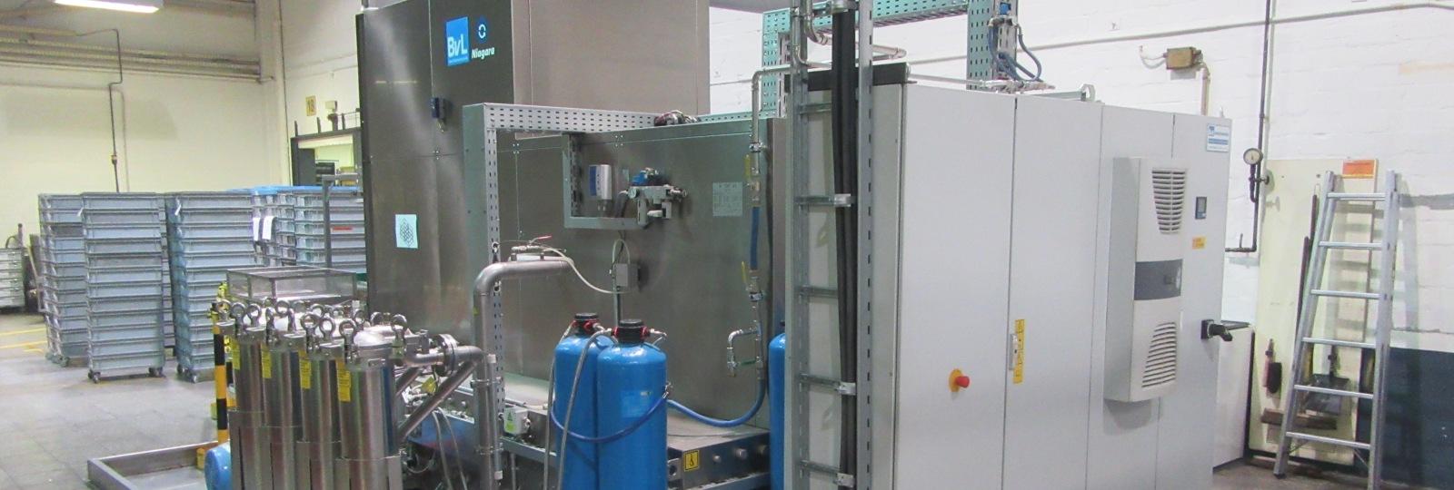 Gebrauchte BvL-Reinigungsanlage NiagaraDFS aus hochwertigen Edelstahlkomponenten für eine lange Lebensdauer
