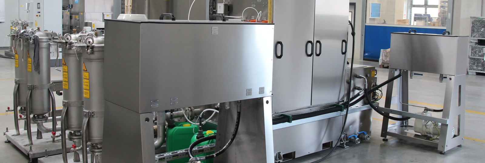 Bei BvL Oberflächentechnik gibt es viele Komponenten, um die Badstandzeit zu erhöhen. Plattenphasentrenner und Filter sorgen für die Badreinigung.