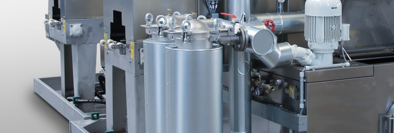 Filterisolierung, Dampfkondensatoren, Abluftmanagement, energieeffiziente Motoren und viele weitere Komponenten sorgen für Energieeinsparung und das dauerhafte Senken von Betriebskosten